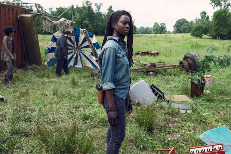 Les Whisperers de The Walking Dead' sont démasqués dans la nouvelle bande-annonce de la saison 9b 3